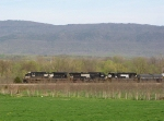 The SB V91 approaching from Shenandoah with 9:35 on the pull